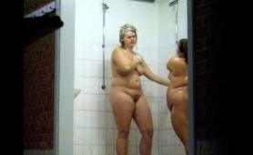 horny-voyeur-finds-attractive-amateur-girls-in-the-shower