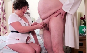 agedlove-mature-lady-trisha-hardcore-stretching