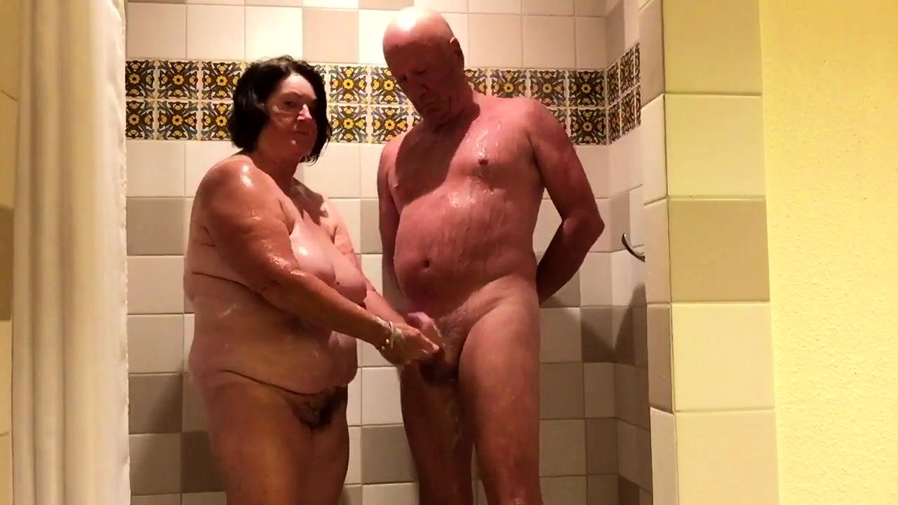 handjob-in-shower-video