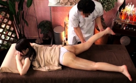 lovely-japanese-babe-gets-sexually-fulfilled-by-a-masseur